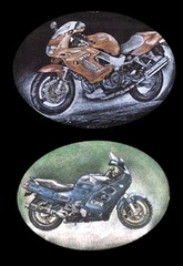 Reproduction de motos d'aprés photographies grvées sur stèle funéraire en granite